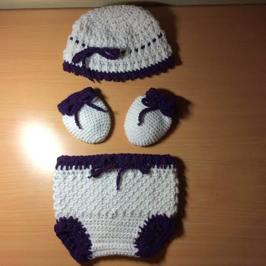 Crochet Fancy Baby Mittens